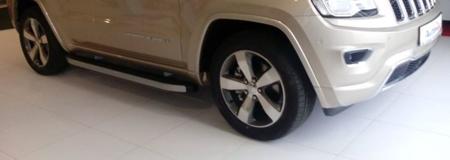 01655709 Stopnie boczne - Jeep Grand Cherokee WK2 2011- (długość: 171/182 cm)