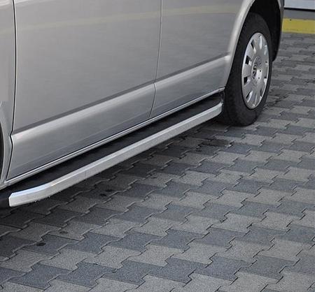 01655777 Stopnie boczne - Volkswagen T5 & T6 2015+ long (długość: 252 cm)