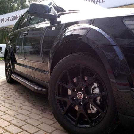 01655936 Stopnie boczne, czarne - Mercedes ML W163 1997-2005 (długość: 182 cm)