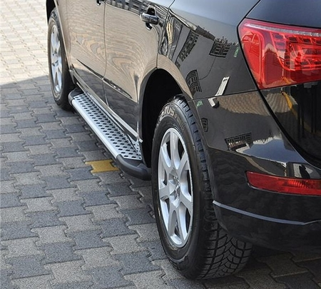 01655988 Stopnie boczne - Audi Q5 (długość: 182 cm)
