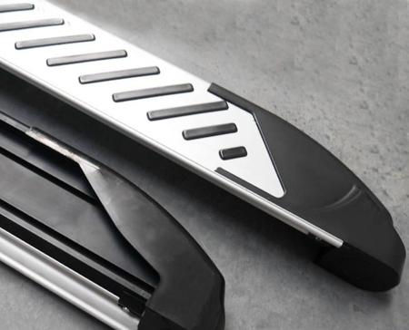 01656288 Stopnie boczne, paski - Ford Transit Custom long (długość: 235 cm)