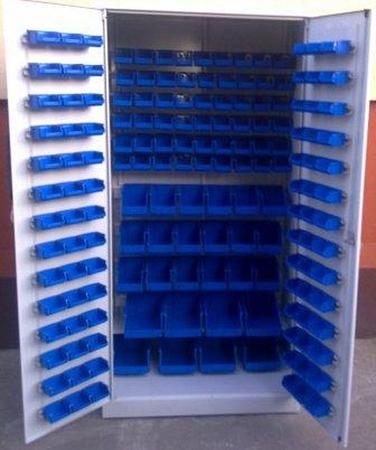77157186 Szafa z plastikowymi pojemnikami, 164 sztuk (wymiary: 2000x970x440 mm)