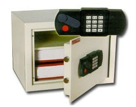 77157486 Sejf gabinetowy, elektroniczny (wymiary: 466x490x330 mm)